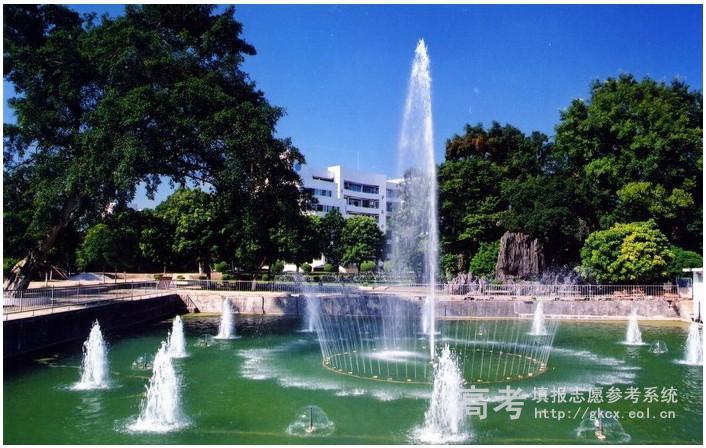 2018年广西二本大学排名及历年分数线排名