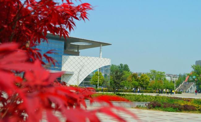 2018年安徽科技学院大一新生开学报到时间和新生入学手册指南